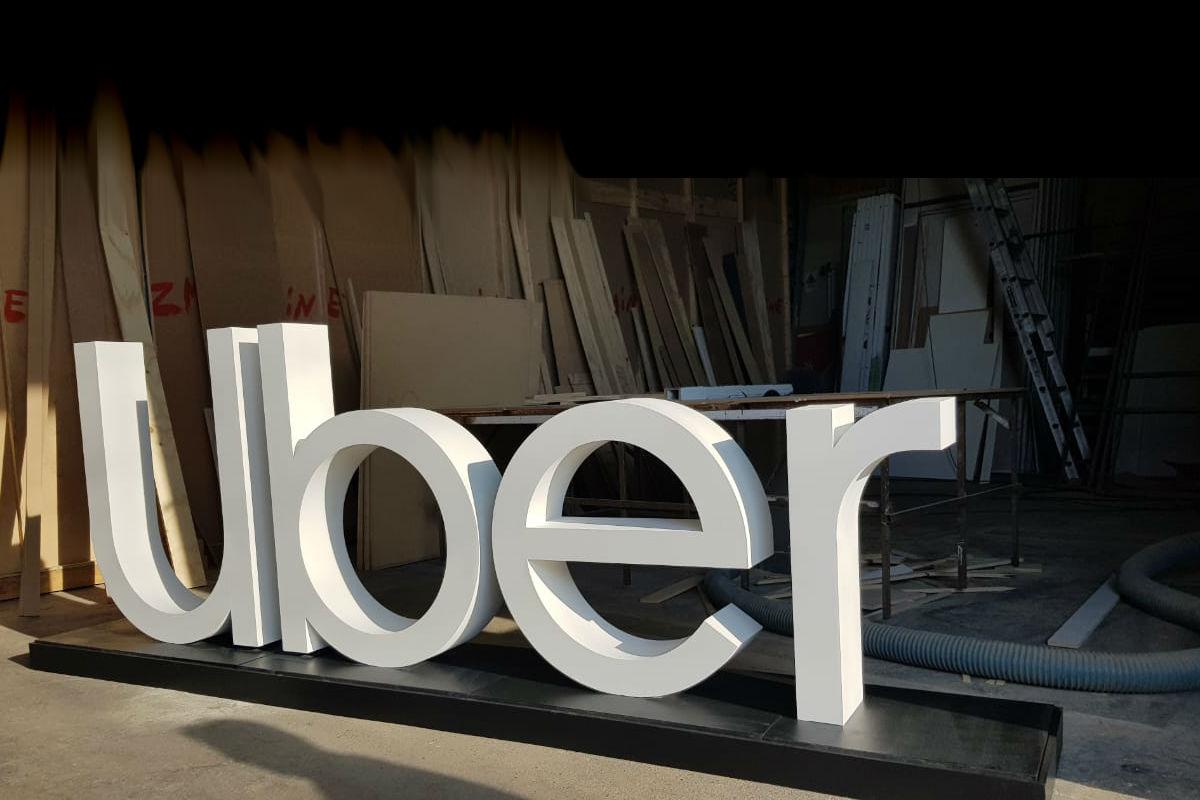 uber letras